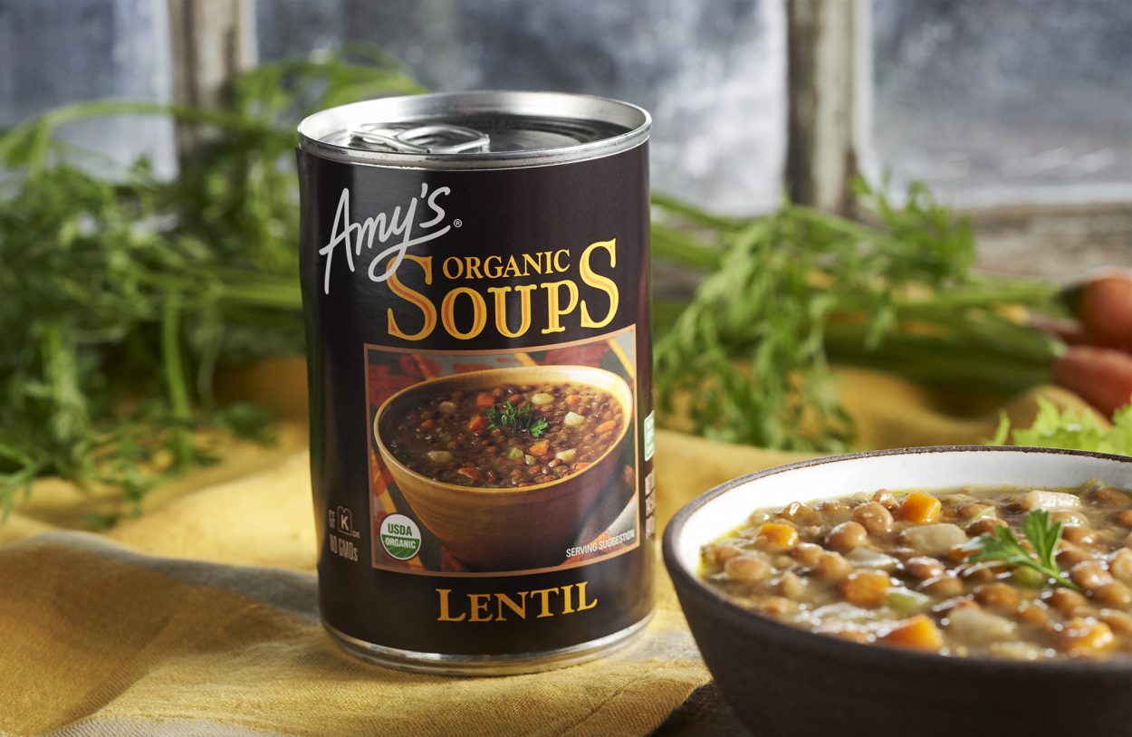 A can of Amy's lentil soup on a table